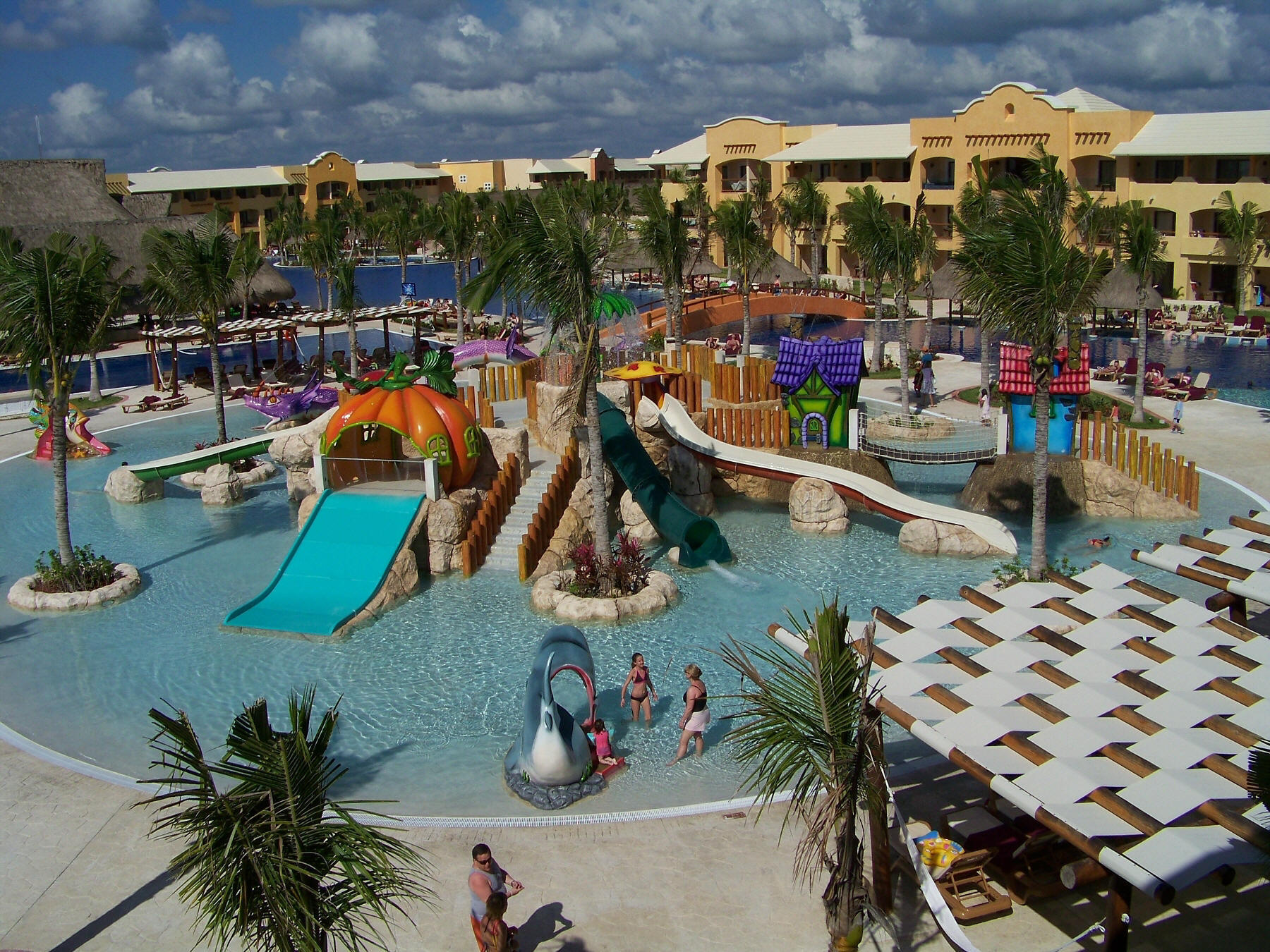 Discover the Barcelo Maya Palace in beautiful Cancun. Learn more about this and other Mexico hotel packages at dveneu.ga